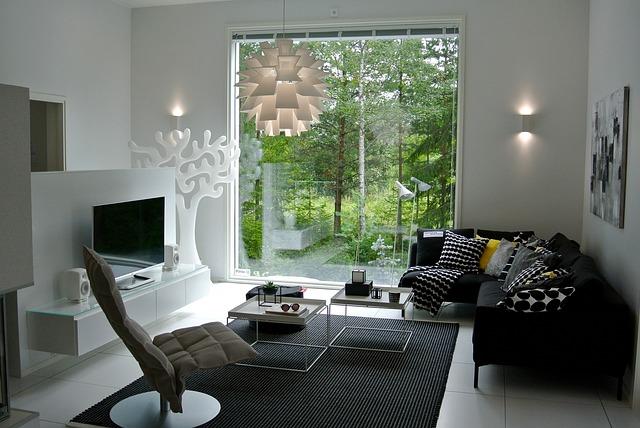 Moderné dvere zo skla a čo by ste o nich mali vedieť
