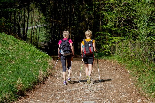 Spravte z chôdze intenzívny tréning celého tela